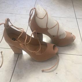 Sandália Salto Grosso Amarração Nude Bege Tamanho 35