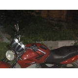 Moto Twister De Leilão Emplcada