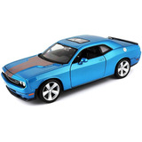 Maisto 1:24 Scale 2008 Dodge Challenger Srt8 Diecast Vehicle