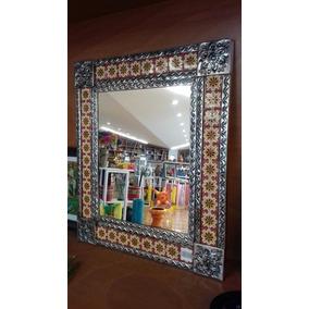 Espejo De Repujado Con Talavera