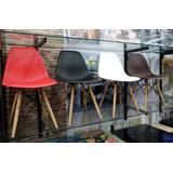 Silla Eames En Plástico Y Patas En Madera. Nuevas