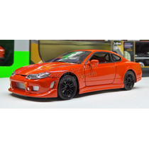 1:24 Nissan Silvia S15 Rojo Welly Display