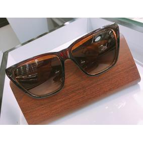 Culos De Sol Feminino Givenchy Oakley - Óculos De Sol no Mercado ... 9de518cd0c
