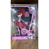 Operetta Monster High