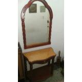 Consola De Madera Torneada Con Su Espejo.