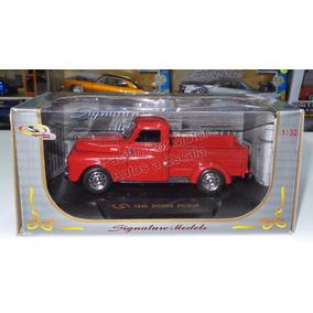1:32 Dodge Pick Up 1948 Rojo Signature Models