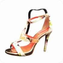 Exhibidor Para Zapatos O Sandalias En Acrílico Mod 1