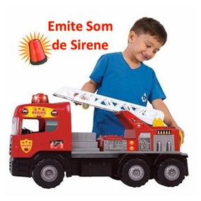 Caminhão Super Bombeiro Gigante Resgate Sirene Magic Toys