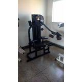 Glúteos 4 Apoio - Máquina - Musculação