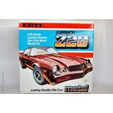 Para Armar Ertl Diecast 1/25 Chevy Camaro Z28
