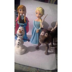 Adorno Frozen: Elsa, Anna Y Olaf. En Porcelana Fria