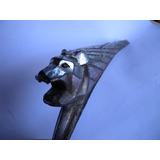 Antiguo Ornamento Mascota De Espolon De Peugeot 203 Insignia