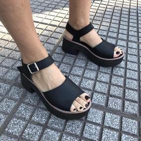 325562001dd69 Zapatos Clasicos Con Plataforma - Sandalias de Mujer Negro en ...