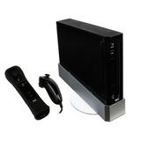 Nintendo Wii Con Una Pareja De Controles Y Disco Duro