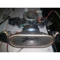 Cornetas Televisor Hyundai Hlcd3280 10w 8 Ohmios