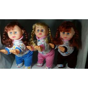 Promoção Boneca Que Engatinha, Dança E Fala.