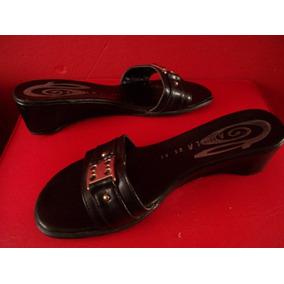 Chatitas Sandalias Zuecos Zapatos Cuero 100% Usados N° 39