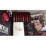 Set Maquillaje Kylie Diary Labiales Delineador Sombras