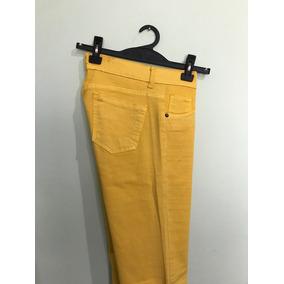 Jeans Amarillos - Ropa y Accesorios Dorado oscuro en Mercado Libre ... c09df76aaa17