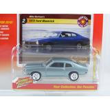 Johnny Lightning 1/64 1972 Ford Maverick Gris Coupe