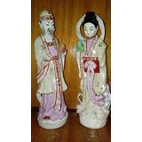 Pareja Estatuas Chinos De Porcelana (con Detalles)