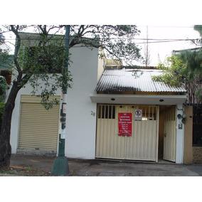 Oficinas + Local Comercial + 7 Habitaciones + 7 Baños + Pati