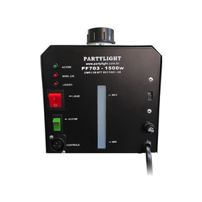 Máquina De Fumaça Pf703 1500w 110/220v C/temporiz Partylight