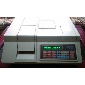 Espectrofotómetro Digital Milton Roy Spectronic 1001
