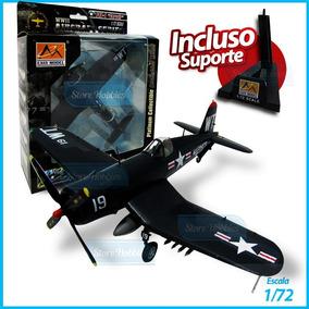 Miniatura De Avião Hobby Boss F4u-4 Corsair Vmfa-232 1/72