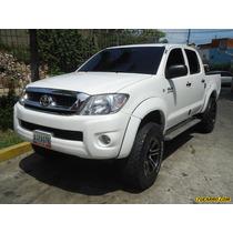 Toyota Hilux Doble Cabina - Automatico
