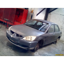 Chocados Mitsubishi Sedan