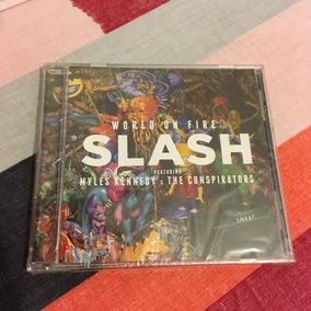 Slash Feat. Myles Kennedy & The Conspirators World On Fire