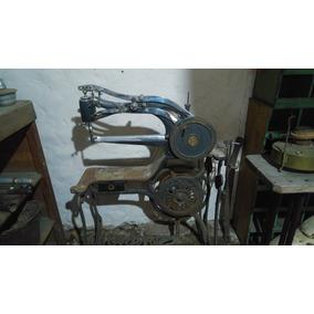 Maquina De Coser Zapatero Antigua