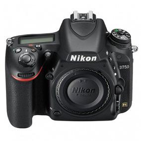 Câmera Nikon D750 Body