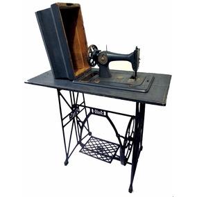 Máquina De Costura Antiga Com Baú De Proteção 1930