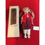 Muñeca De Porcelana Heritage Doll Musical De Colleccion Usa