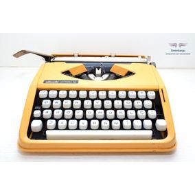 Máquina De Escrever Olivetti Lettera 82 Amarelinha Linda!