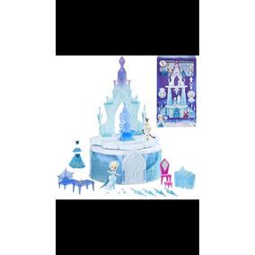 Castelo Frozen Com Personagens
