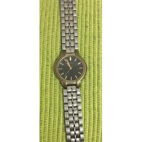 Reloj Seiko V701-7a60 De Pulsera | St Steels - Retro