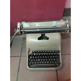 Máquina De Escribir Olivetti Carro Grande