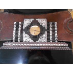 Antigo Relógio De Mesa Cyma Jacarandá C/ Apliques Em Prata