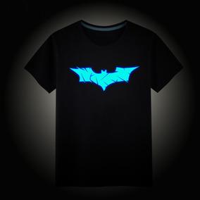 0b071bceb Camiseta Bataman Infantil Luminosa No Escuro Ate 7 Anos