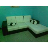 Mueble Semicuero Blanco Y Negro Detalles Muy Pequeños