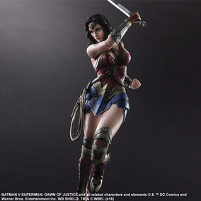 Sobrepedido Wonder Woman Play Arts Original Jp