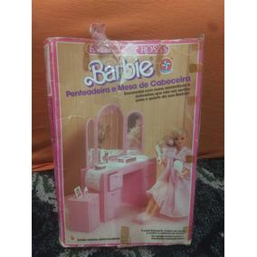 Barbie Penteadeira E Mesa De Cabeceira