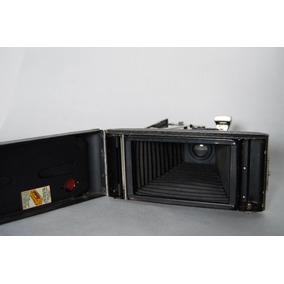 Camara Antigua Kodak Brownie Pliant Six 16