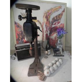 Decoraçã Bancada Maquina Furadeira Aço Ano 1950