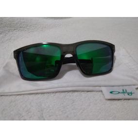 Lindo Grilo Colorido - De Sol - Óculos De Sol Oakley no ... 0d68d12ce9
