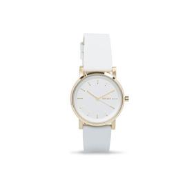 7cf9b38f7148 Reloj Dkny Blanco Letras En Caratula - Relojes en Mercado Libre México