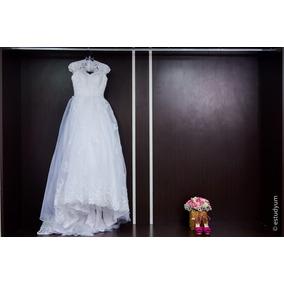 Vestido De Noiva Decote V Em Coração,cauda De Renda E Tule